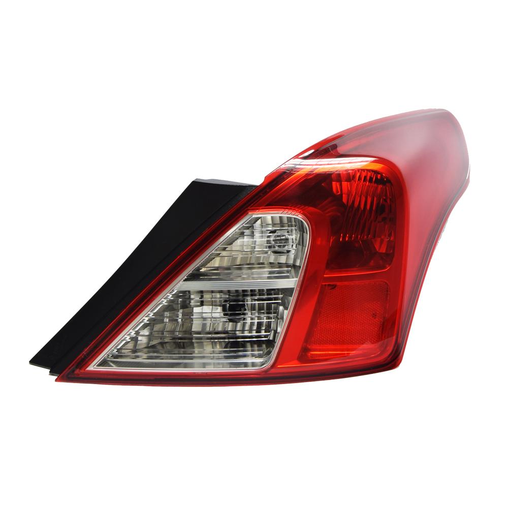 Nissan Almera Tail light No Fog Right 13-20 1